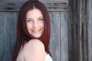 red-hair-with-barn